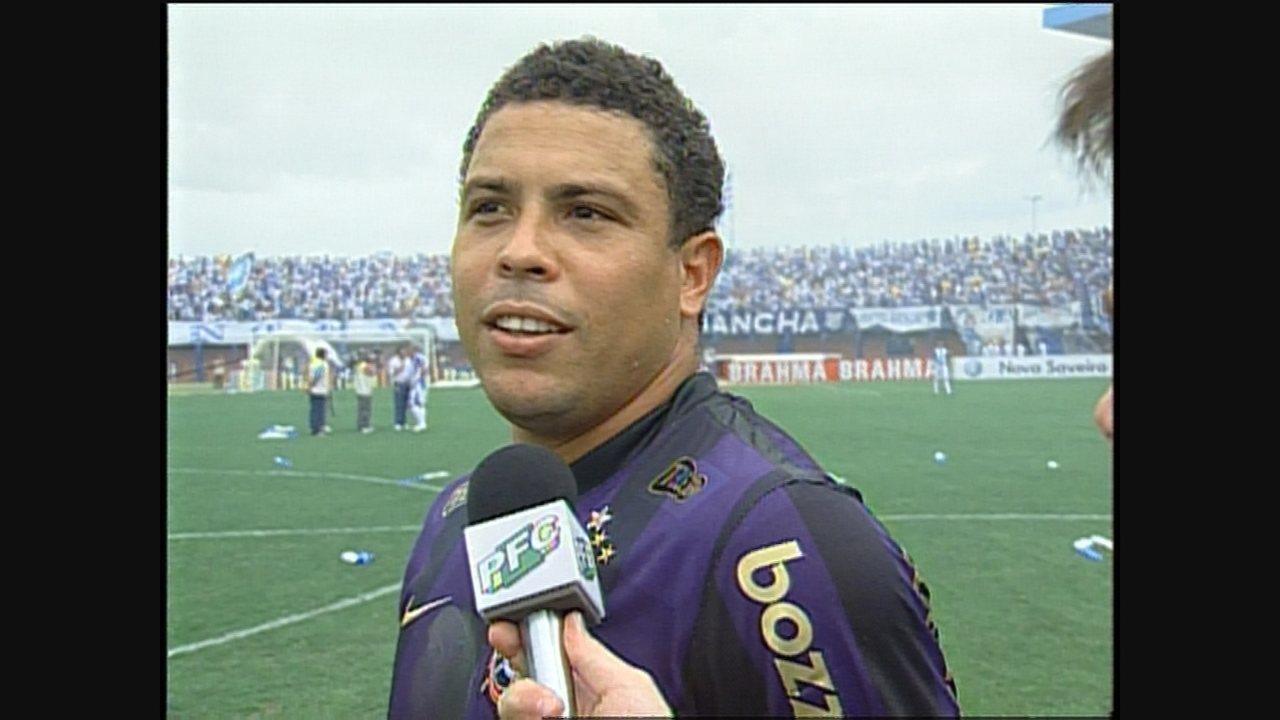 William e Léo Gago marcam, e Avaí bate o Corinthians em retorno de Ronaldo a Florianópolis