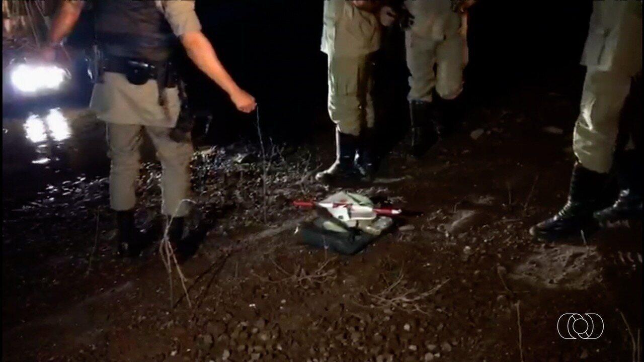 Helicóptero cai no Lago das Brisas e deixa três mortos, em Buriti Alegre