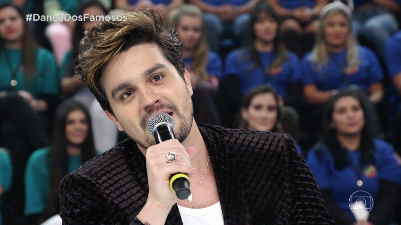 Ao avaliar apresentação de Luiza Tomé, Luan Santana revela 'crush' pela atriz