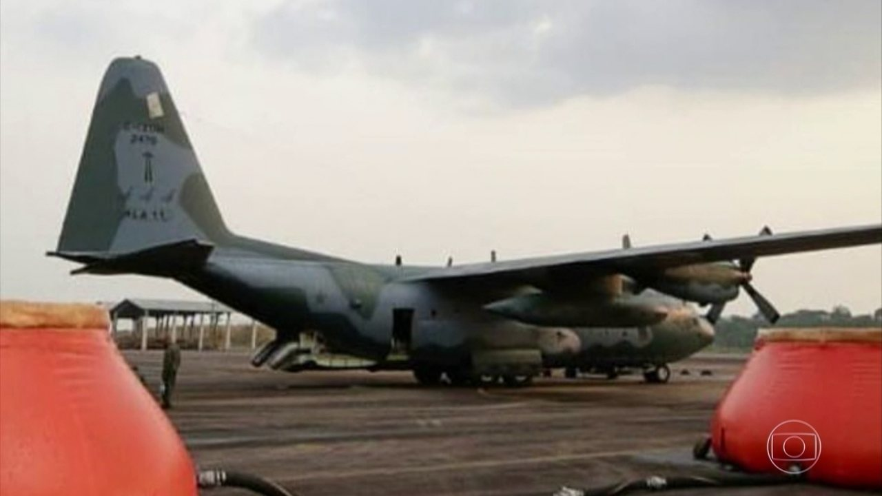Dois aviões da FAB atuam no combate aos principais focos de incêndios florestais, em RO