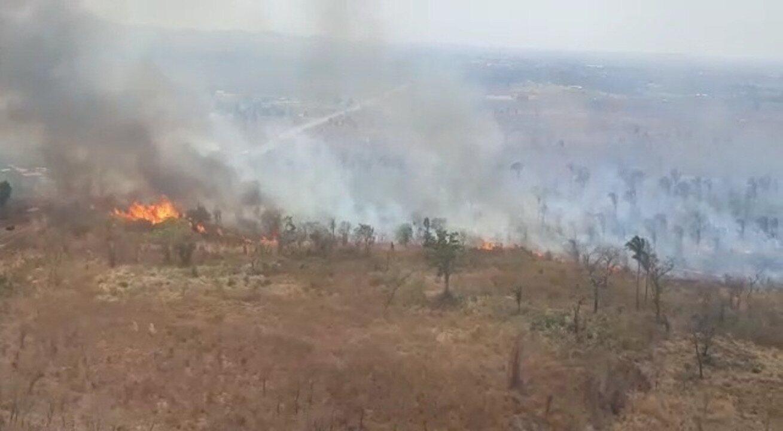 Imagens do Exército mostram focos de incêndio no Maranhão