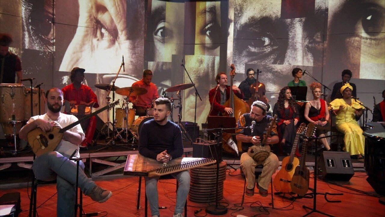 """A Orquestra Mundana Refugi encerra o 'Conversa' com """"Mungu"""""""