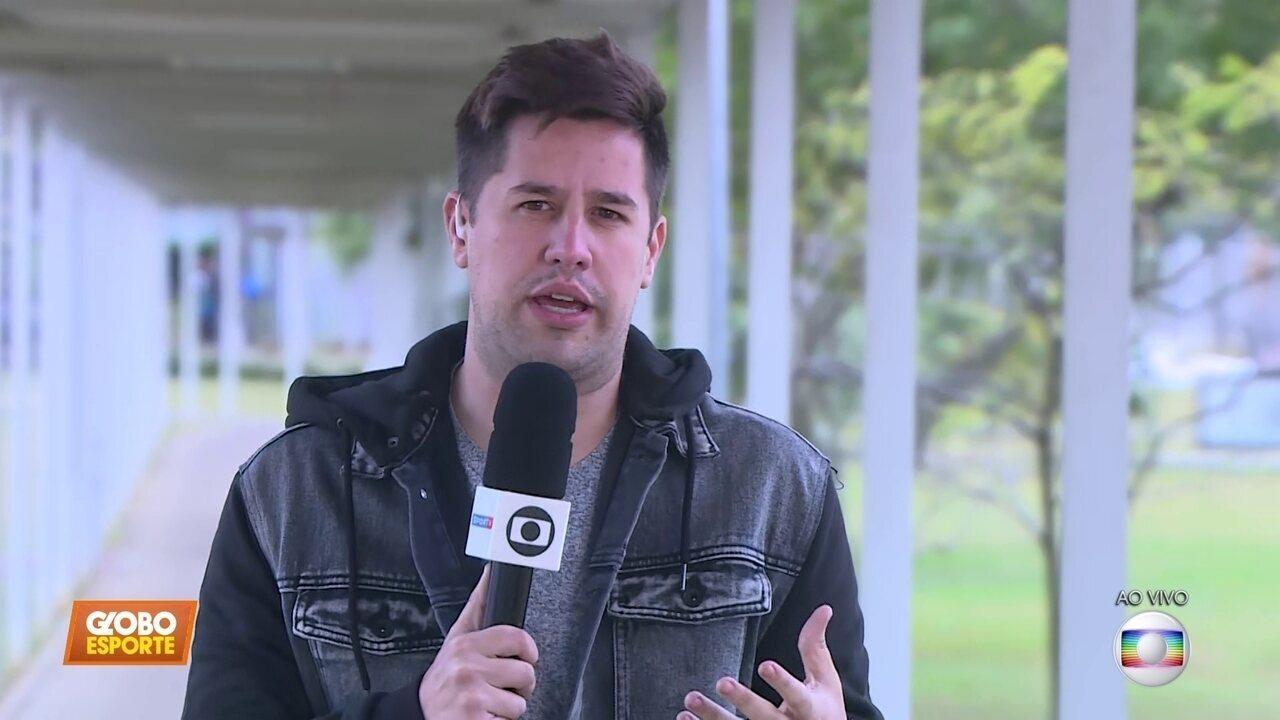 Direto do CT do Corinthians: Carille escolhe o substituto de Fagner para sábado