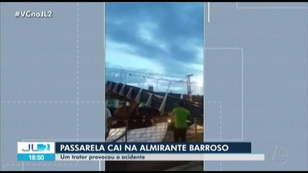 Passarela cai na av. Almirante Barroso, em Belém, e ao menos uma pessoa fica ferida