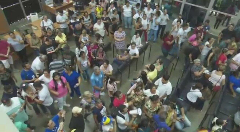 Trabalhadores de saúde ocupam Pronto Socorro durante paralisação em Rio Branco