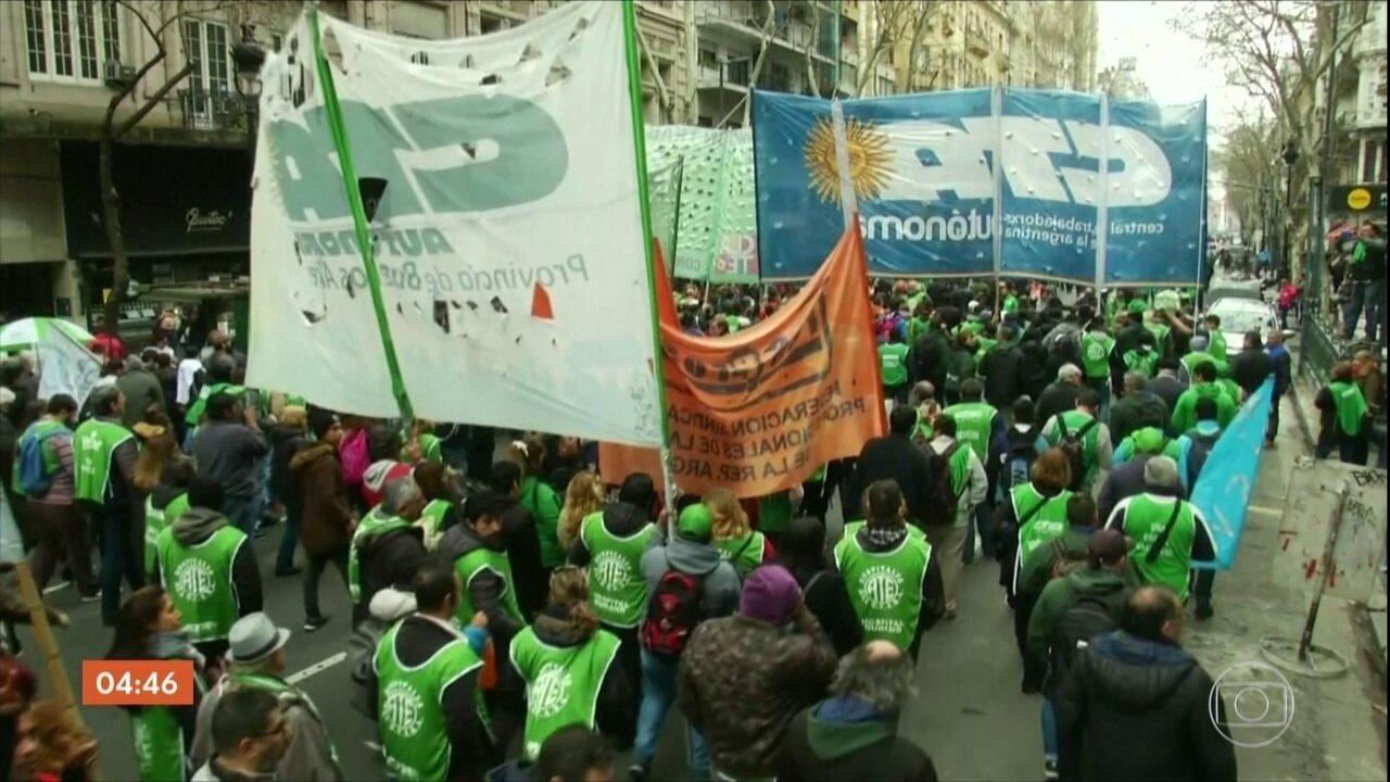 Manifestantes pedem o decreto de emergência alimentar na Argentina