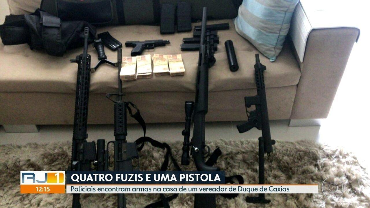 A Polícia Civil encontra armas na casa de um vereador de Duque de Caxias