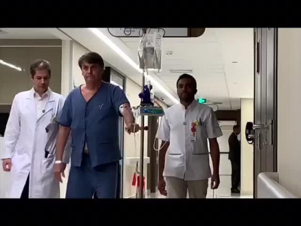 Bolsonaro faz caminhada em hospital de SP nesta sexta