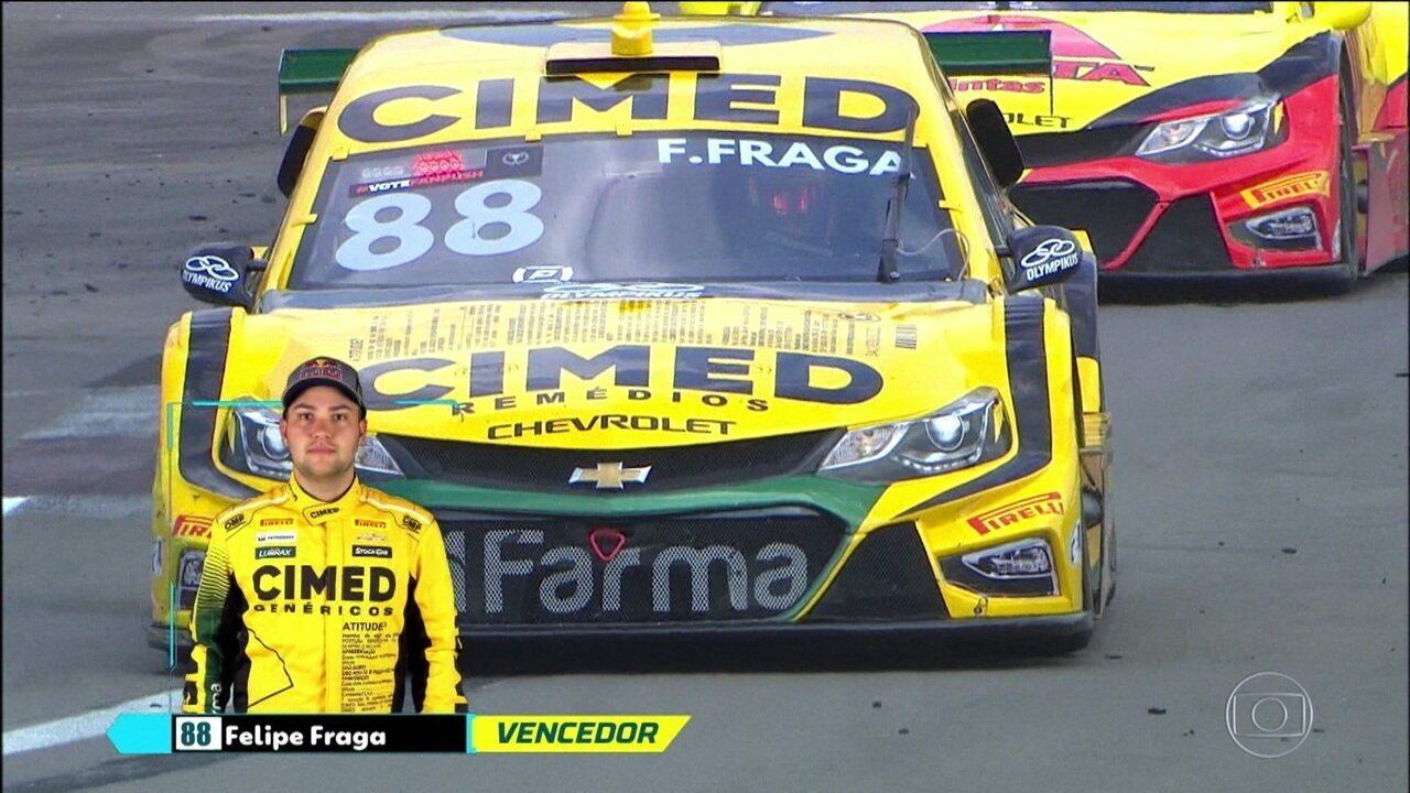 Primeira prova da Stock Car no Velopark tem vitória de Felipe Fraga