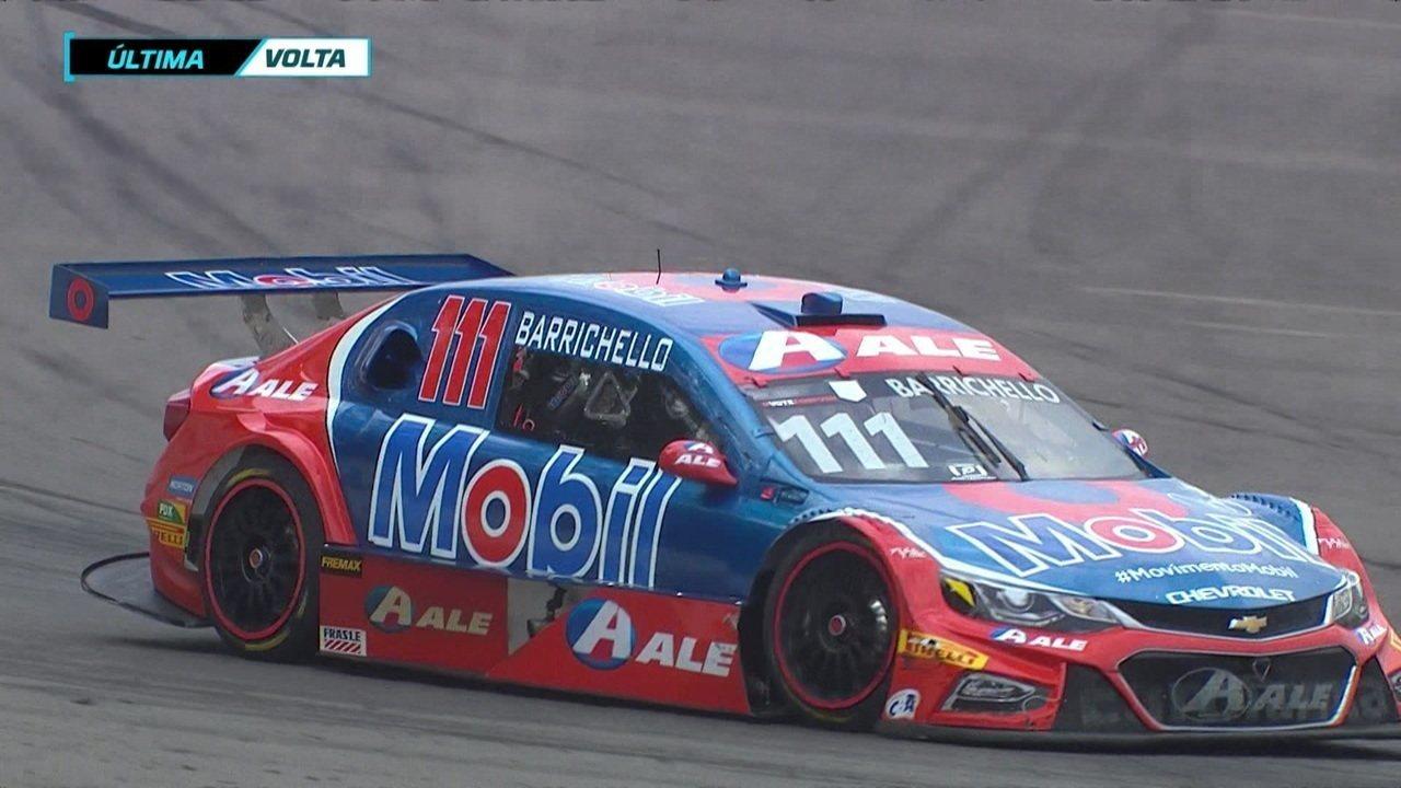 Rubens Barrichello vence a segunda prova da Stock Car no Veloparck