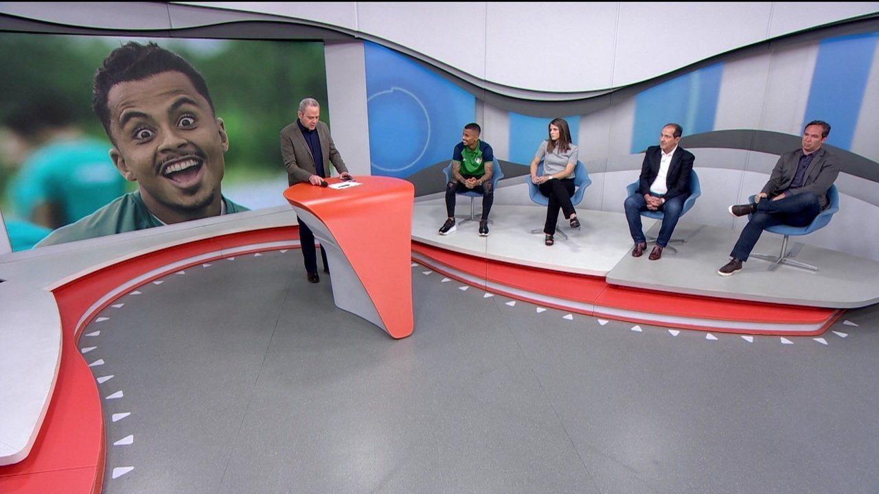 """Allan, do Fluminense, brinca com marcação """"no olho"""" em jogo contra o Corinthians"""