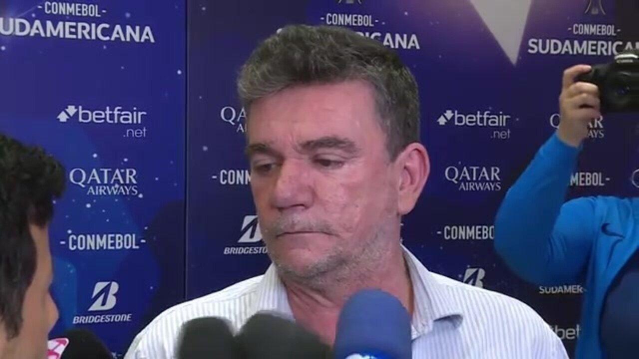"""Presidente do Corinthians diz que time levou """"show de bola"""" na Sul-Americana"""