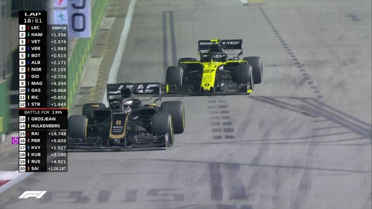 Romain Grosjean e Nico Hulkenberg brigam por posição