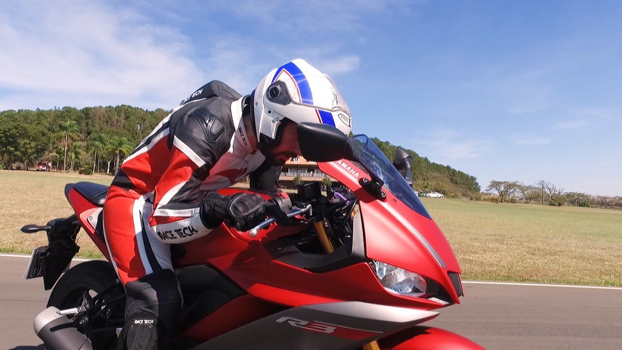 Yamaha YZF-R3 2020: model is evaluated on the track