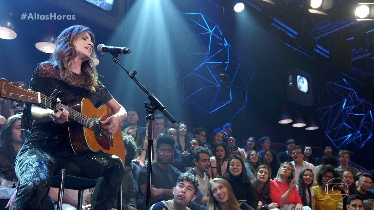 Paula Fernandes cantou 'Juntos'