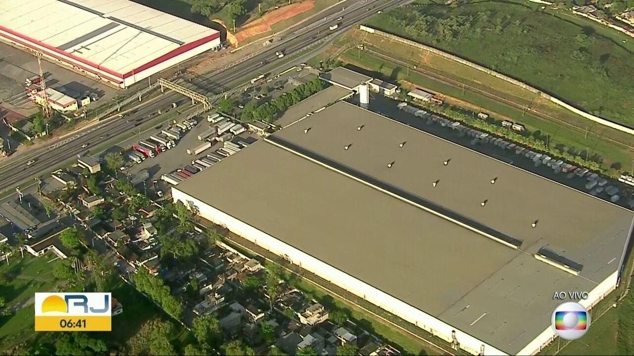 Bandidos invadem centro de distribuição das Lojas Americanas