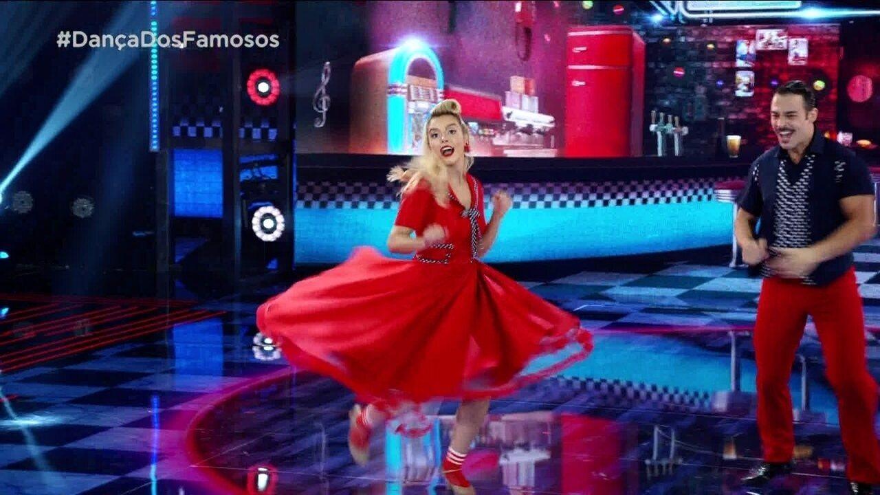 Giovanna Lancellotti em dia de rock no Dança dos Famosos