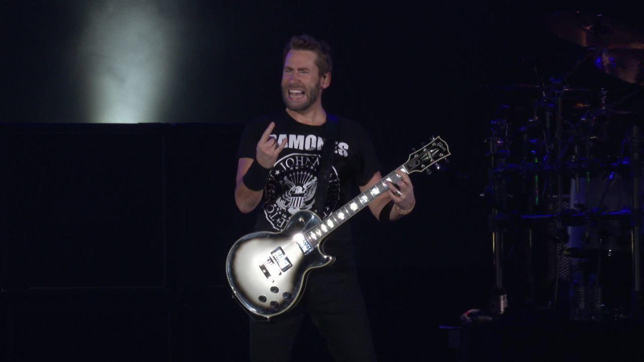 Nickelback toca música do Metallica no Rock in Rio