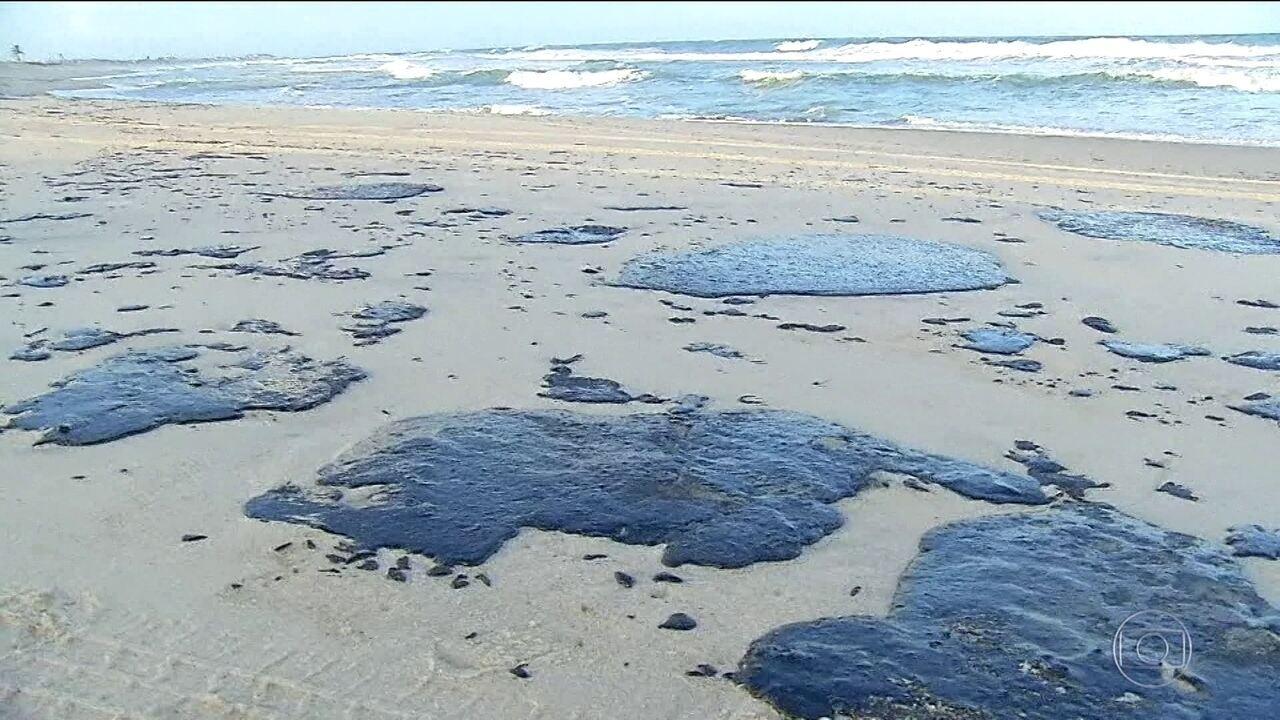 Relatório da Petrobras afirma que óleo no Nordeste parece petróleo extraído na Venezuela