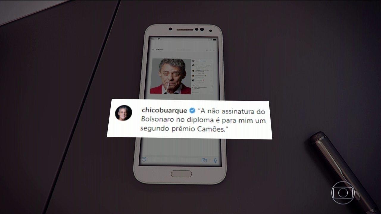 Chico Buarque diz que Bolsonaro não assinar diploma é 'um segundo prêmio Camões'