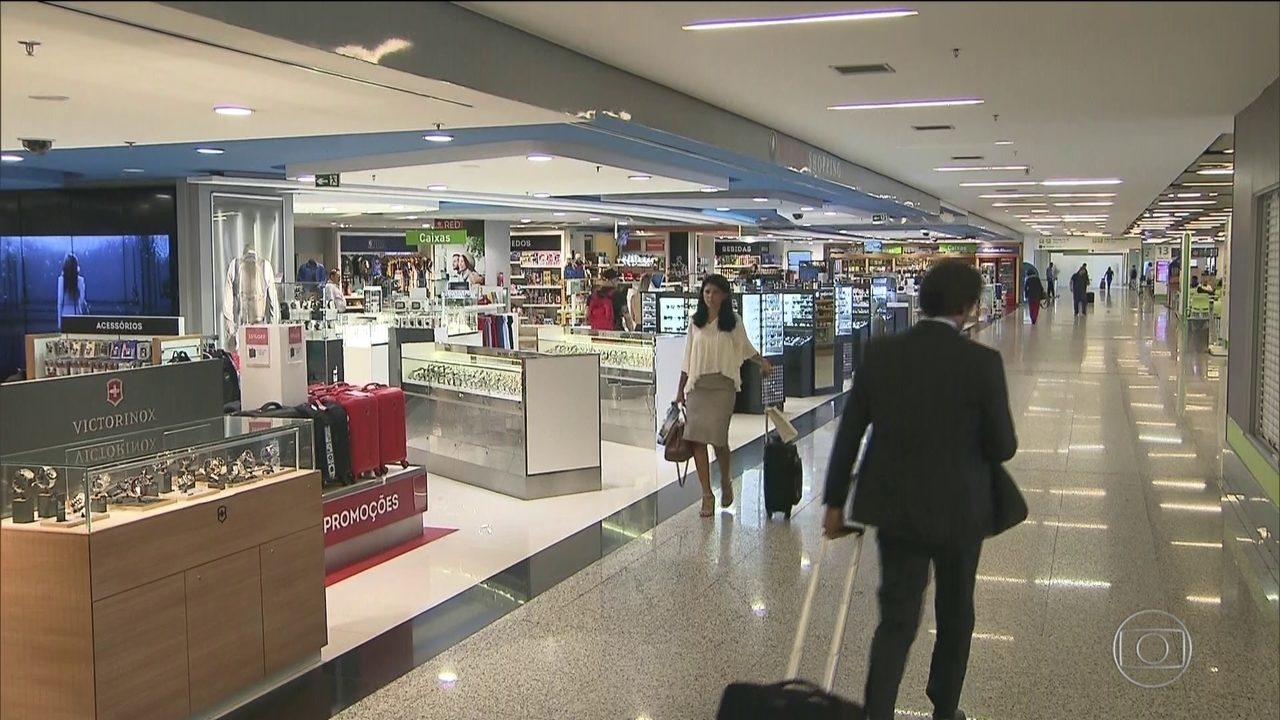 Governo decide dobrar o limite para compras em free shops de aeroportos