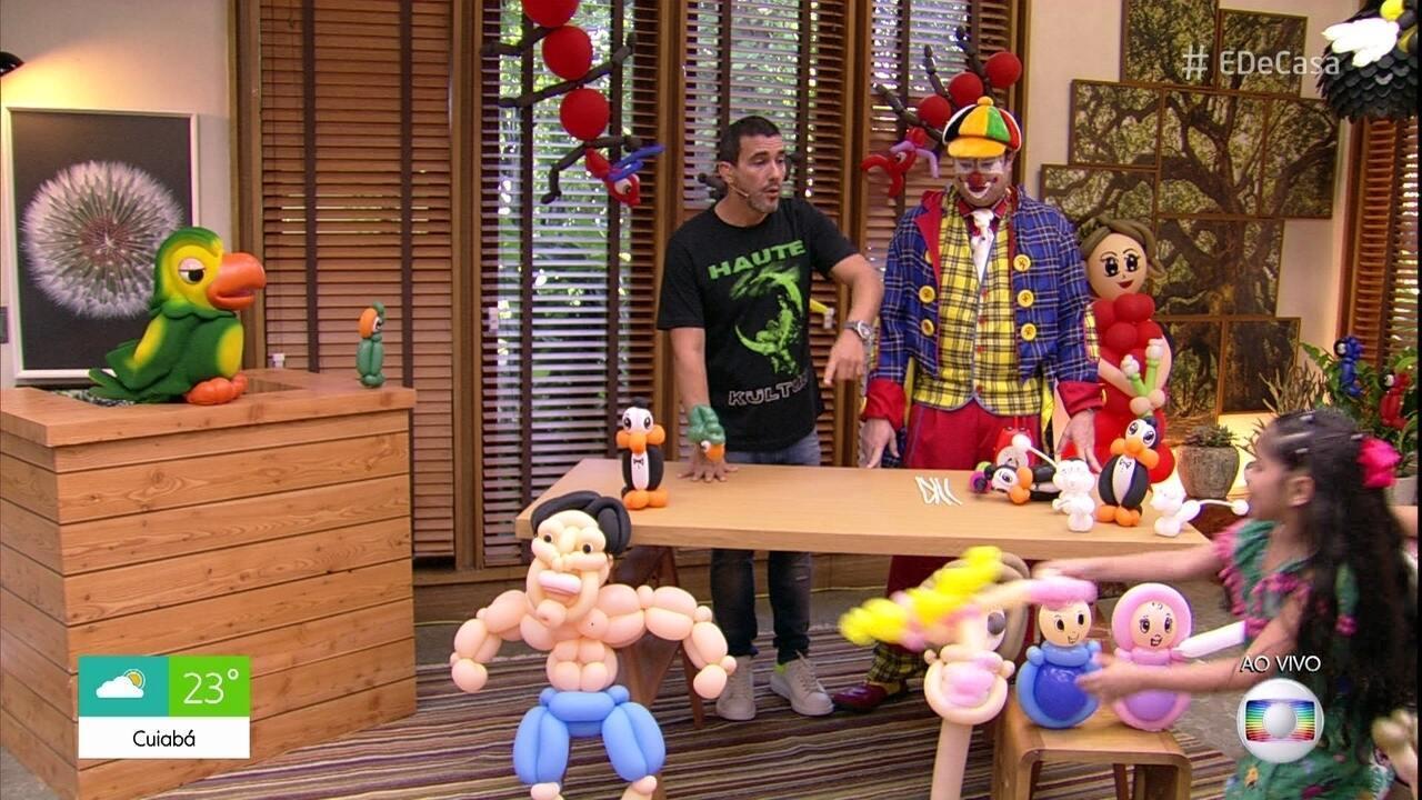 Palhaço Julim ensina a fazer bonecos usando bexigas