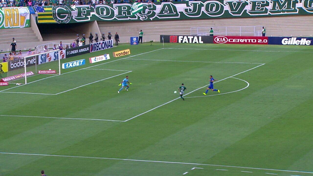 Melhores momentos de Goiás 1 x 0 CSA, pela 25ª rodada do Campeonato Brasileiro