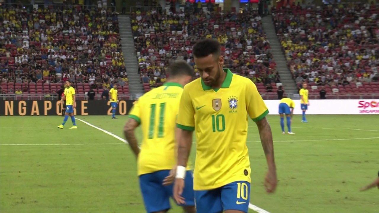 Neymar sente a coxa contra a Nigéria e é substituído pelo Coutinho