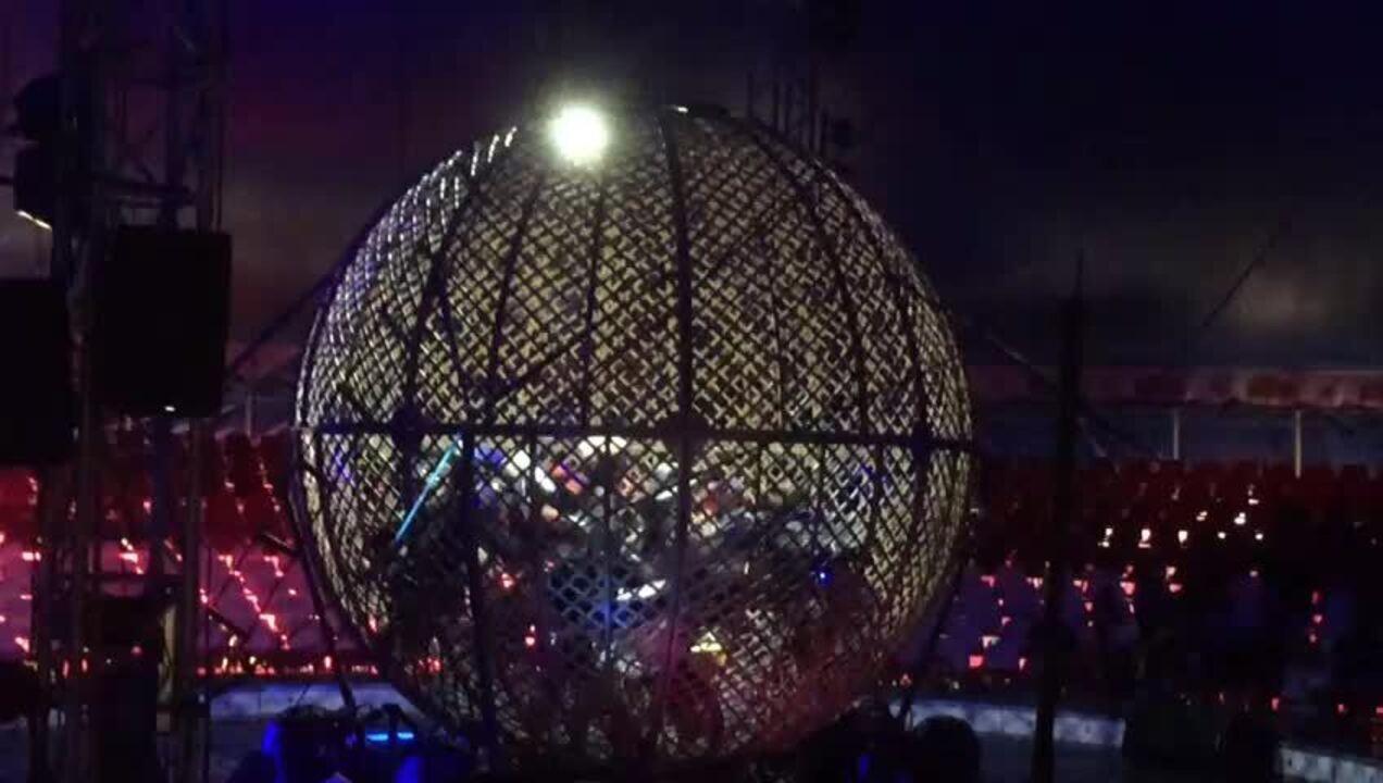 Apresentação do 'globo da morte', uma semana antes do acidente, no Tirullipa Circo Show