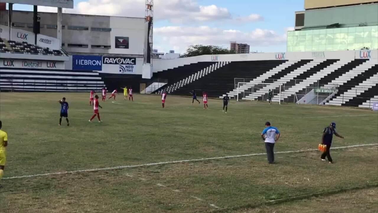 Gol de Everton Bala, na vitória do Porto em cima do Centro Limoeirense