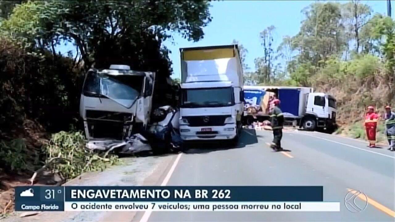 Dois acidentes são registrados na BR-262 entre Uberaba e Araxá; uma pessoa morreu
