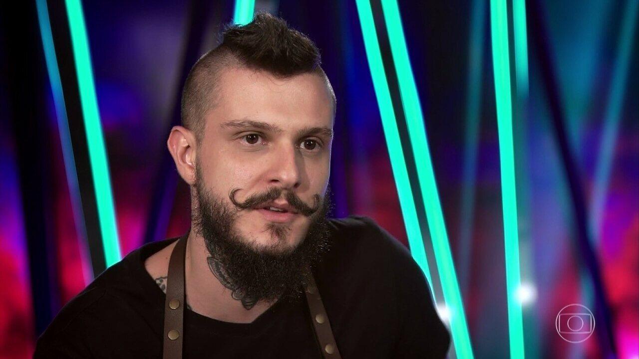 Rafael Lorenti apresenta Spaghetti Alla Carbonara
