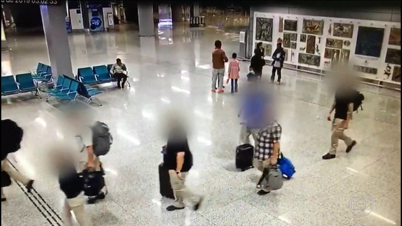Setenta brasileiros foram deportados dos Estados Unidos