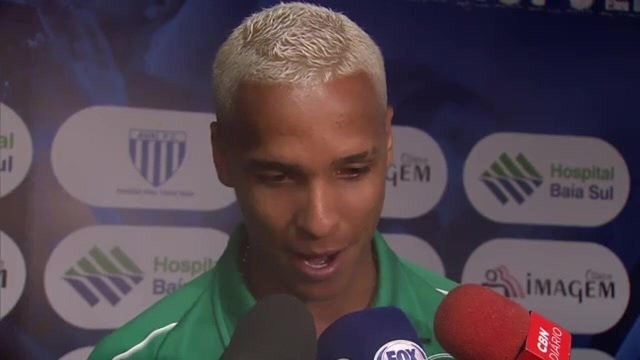 Deyverson fala sobre a vitória do Palmeiras e o pênalti sofrido contra o Avaí