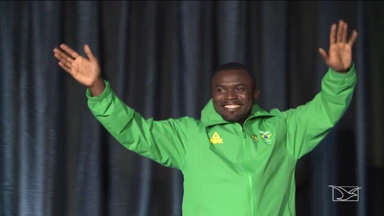 """Codó fala sobre conquista de medalha olímpica após 11 anos: """"Sonho realizado"""""""