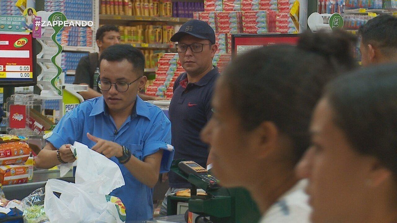 Parte 1: No dia do supermercado, Dieguinho vira caixa por um dia