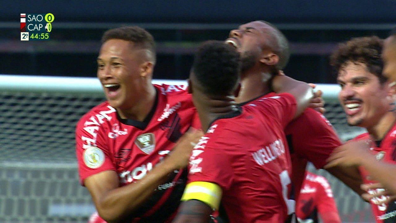 Gol de São Paulo 0 x 1 Athletico-PR pela 32ª rodada do Campeonato Brasileiro