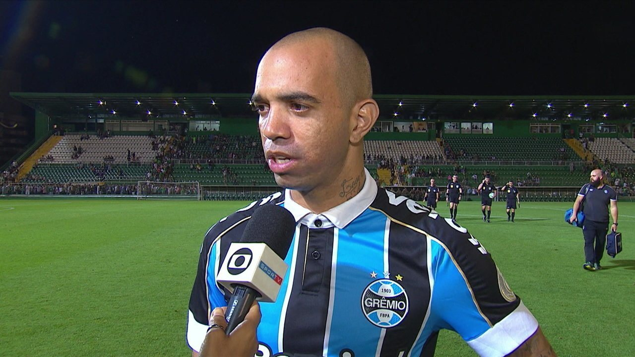 Diego Tardelli avalia partida contra a Chapecoense