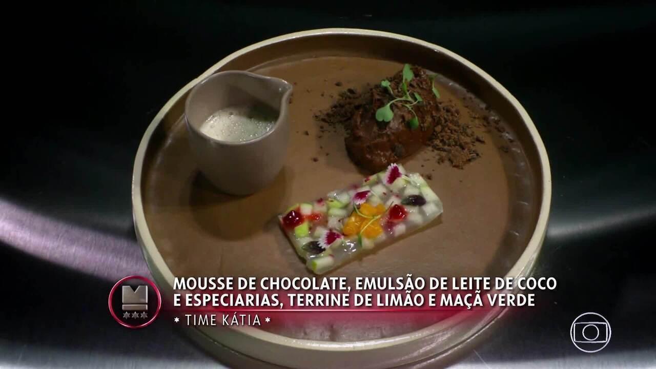 Mousse de Chocolate, Emulsão de Leite de Coco e Especiarias, Terrine de Limão e Maçã Verde