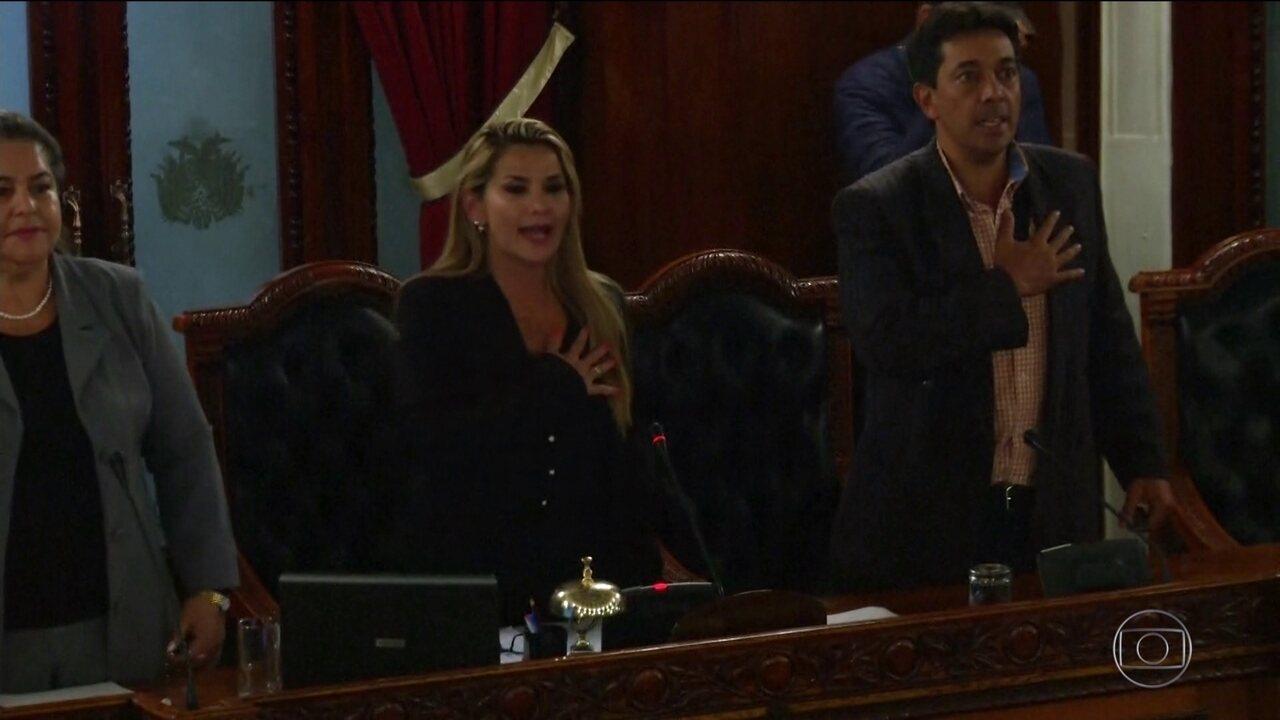 Na Bolívia, senadora da oposição se proclama presidente da República