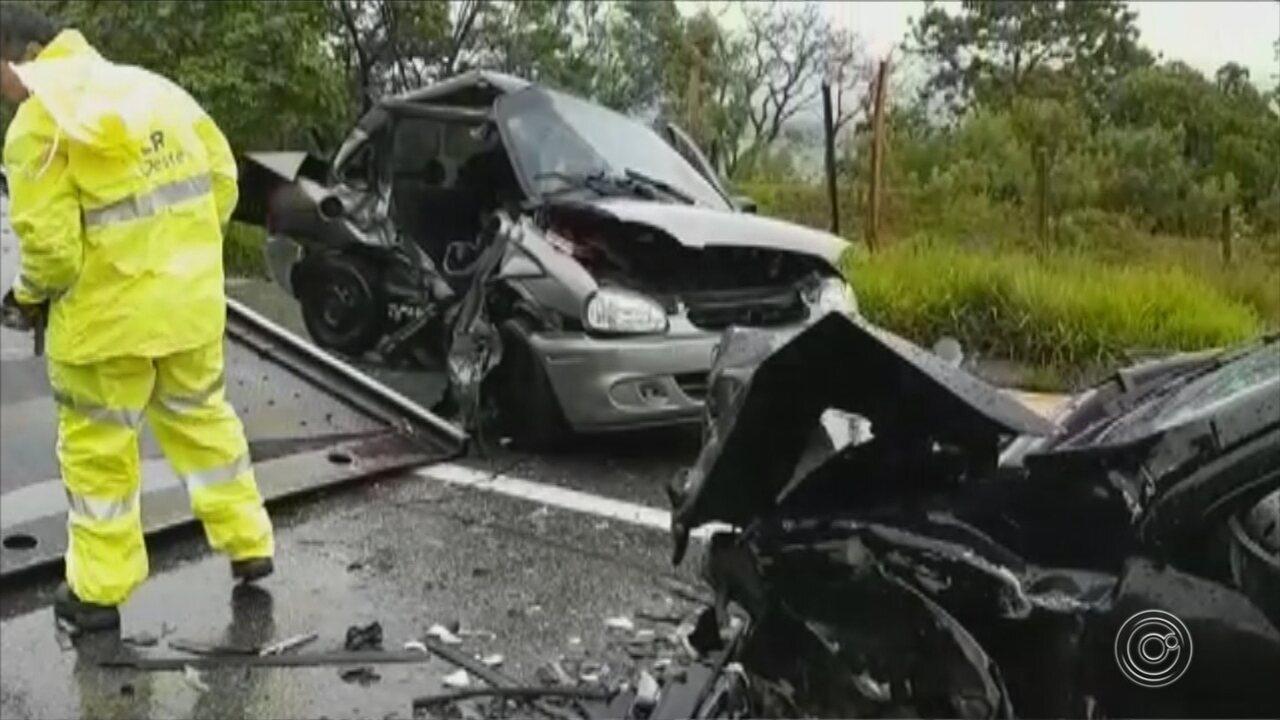 Acidente em rodovia de São Roque deixa quatro pessoas feridas