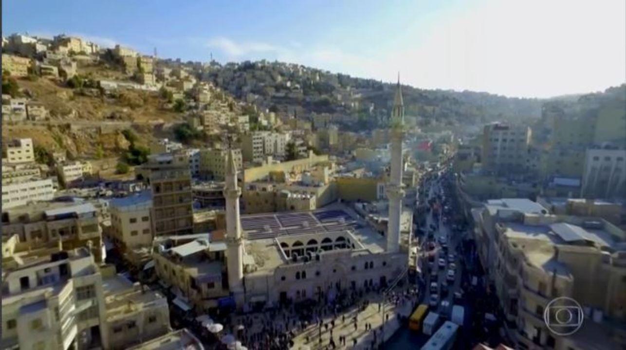Globo Repórter - Amã, 15/11/2019 - Com apresentação de Glória Maria e Sandra Annenberg, o programa viaja até Amã, capital da Jordânia, e desbrava oito mil anos de cultura e história do lugar.