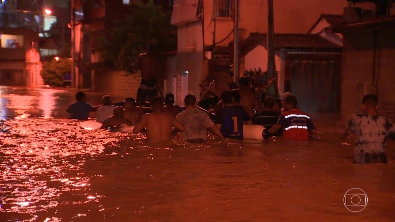 Fortes chuvas deixam dois mortos e 12 feridos no Espírito Santo