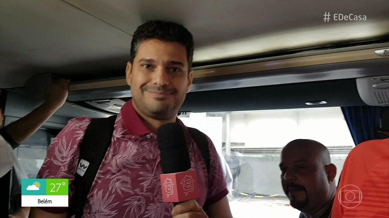 André Curvello embarca para Lima, de ônibus, com torcedores do Flamengo