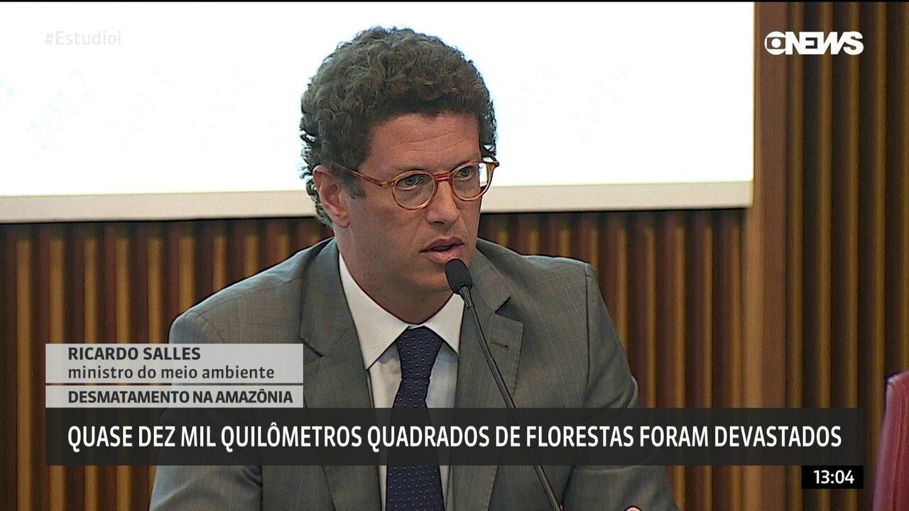 Ricardo Salles culpa atividades ilegais por aumento do desmatamento da Amazônia