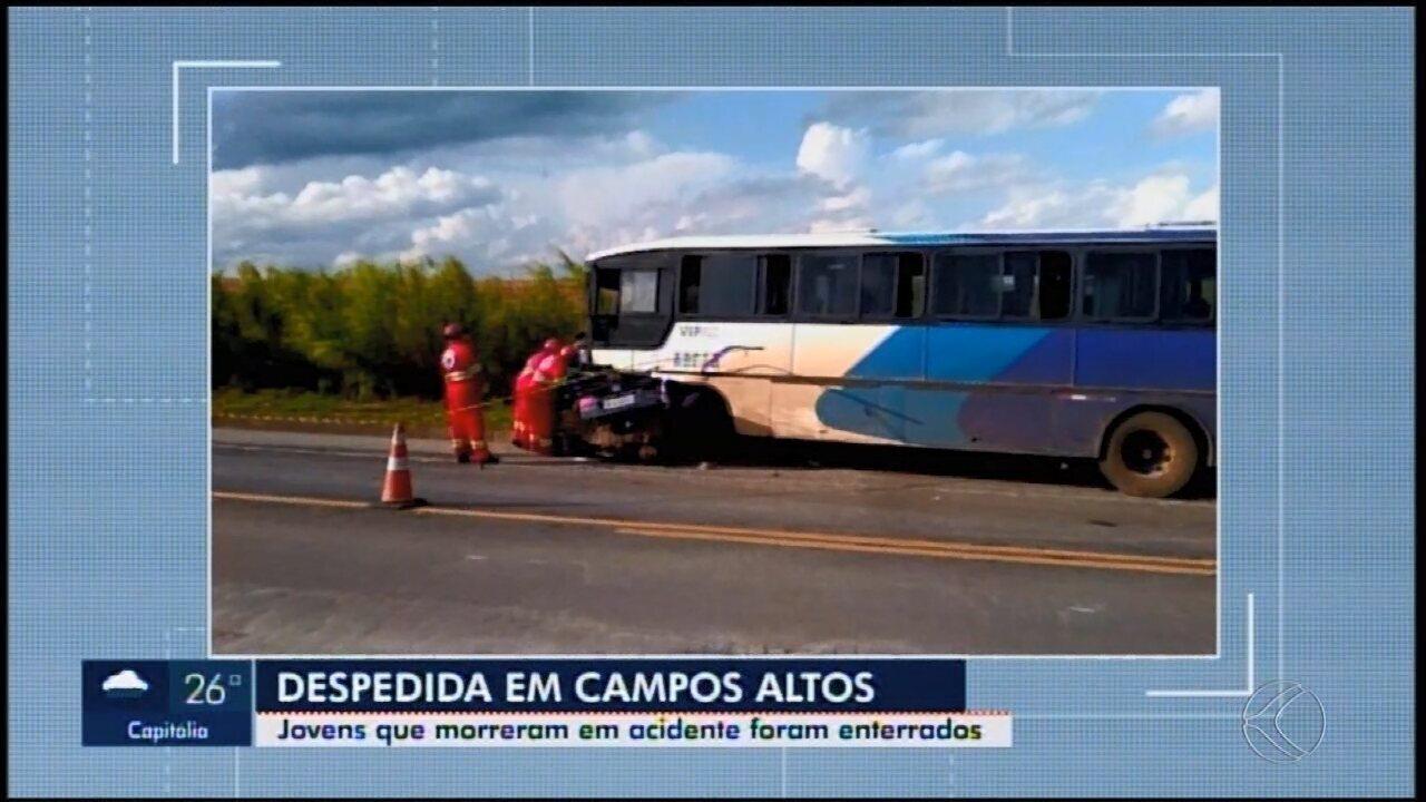 Jogadores de time de Campos Altos morrem em acidente de carro a caminho de jogo