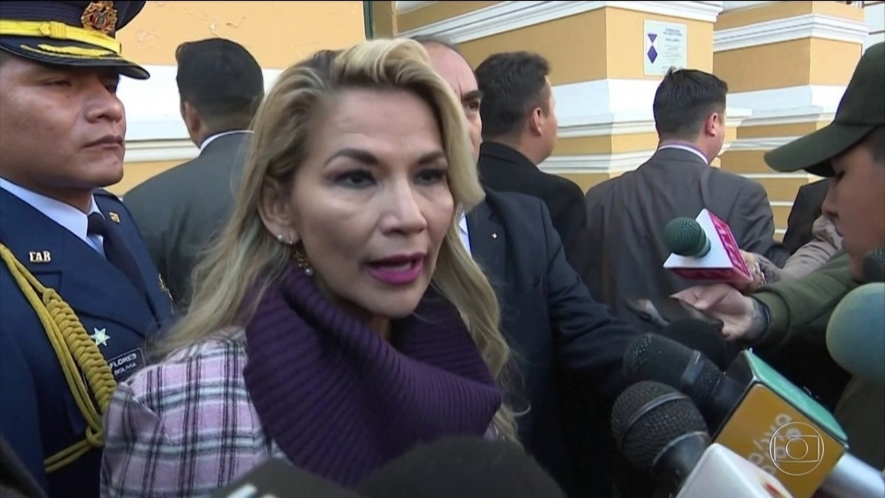 Governo interino da Bolívia apresenta projeto de lei para convocar eleições