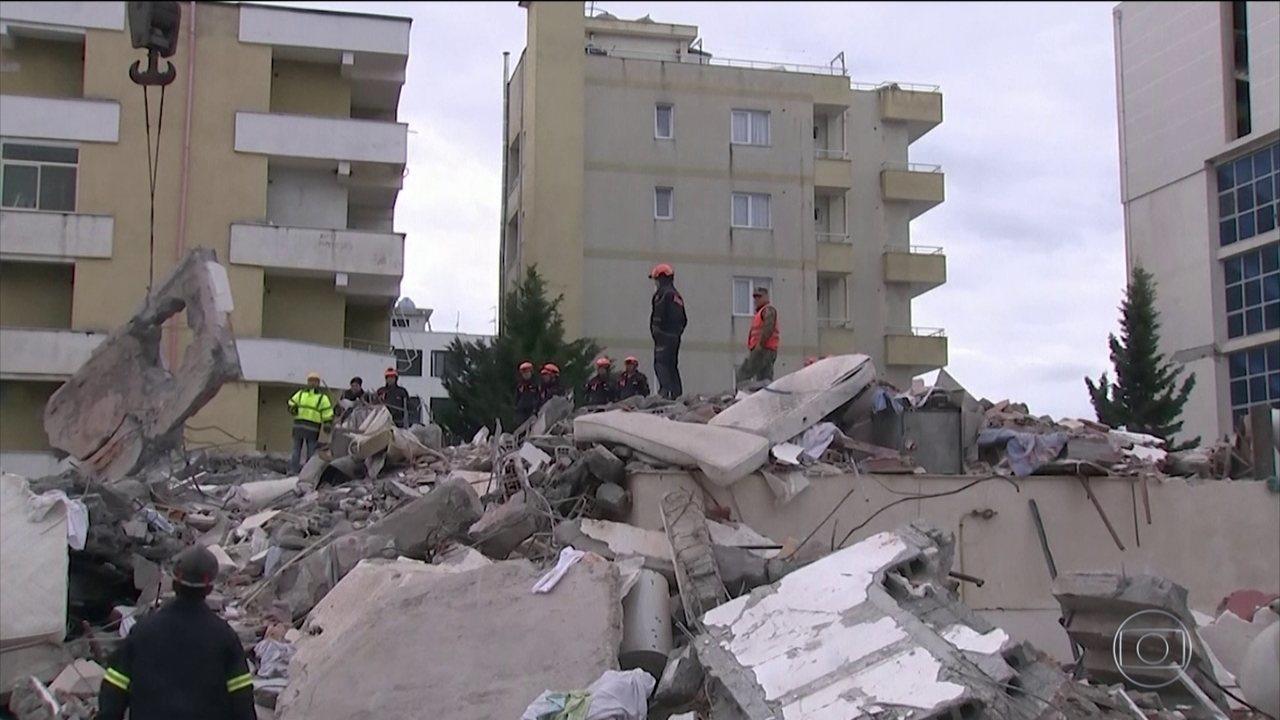 Sobe para 40 o número de vítimas do forte terremoto que atingiu a Albânia