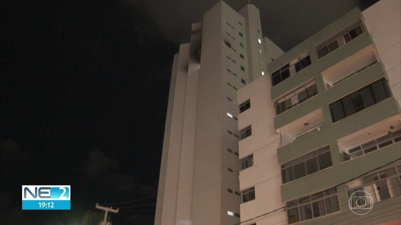 Incêndio atinge apartamento na beira-mar de Olinda