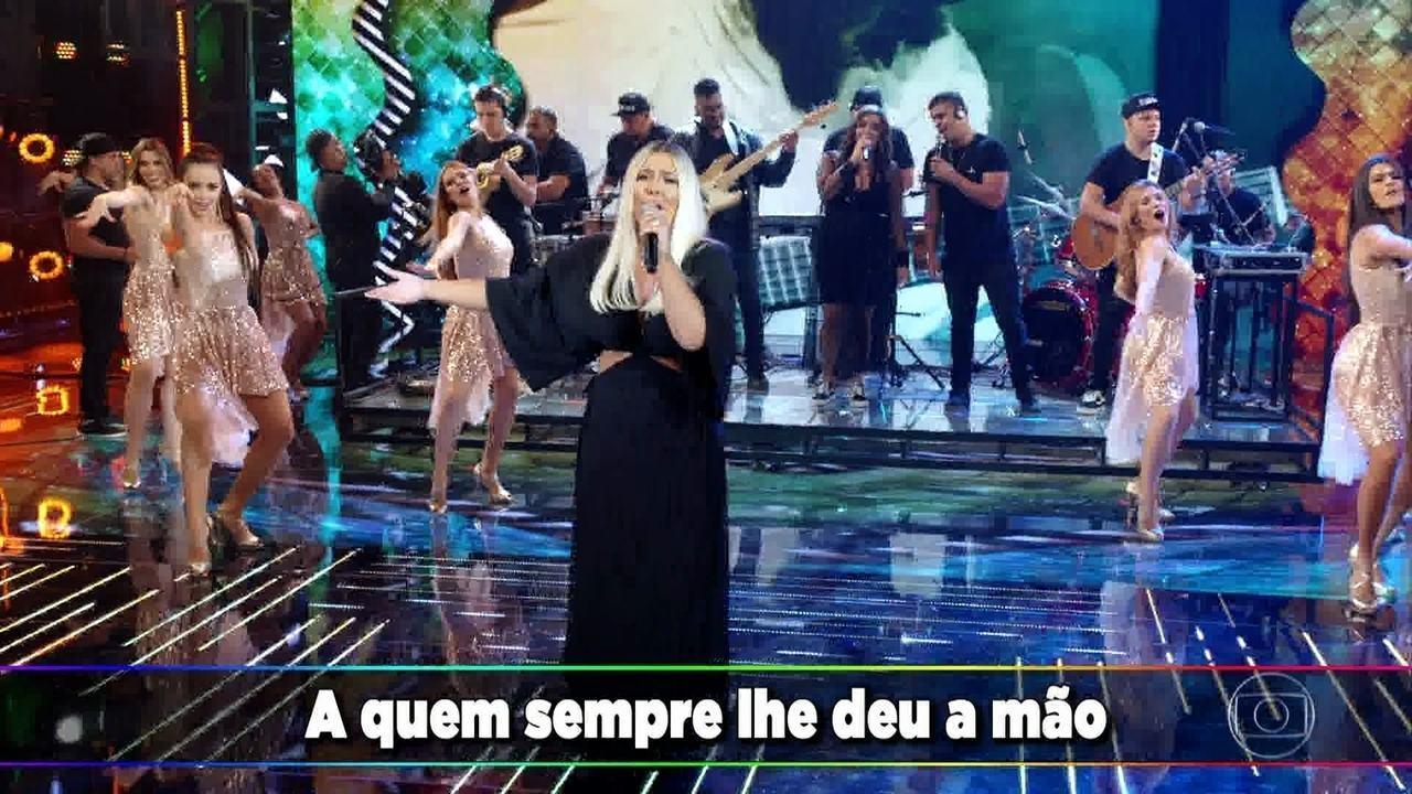 Ana Clara canta tributo a Beth Carvalho no 'Ding Dong'